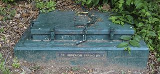 Superior springs cap